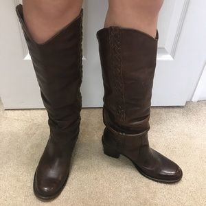 Steve Madden Tall Leather Cognac Boot, size 8